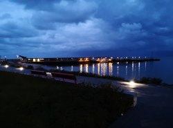 Nach dem Sonnenuntergang im Hafen von Helgoland